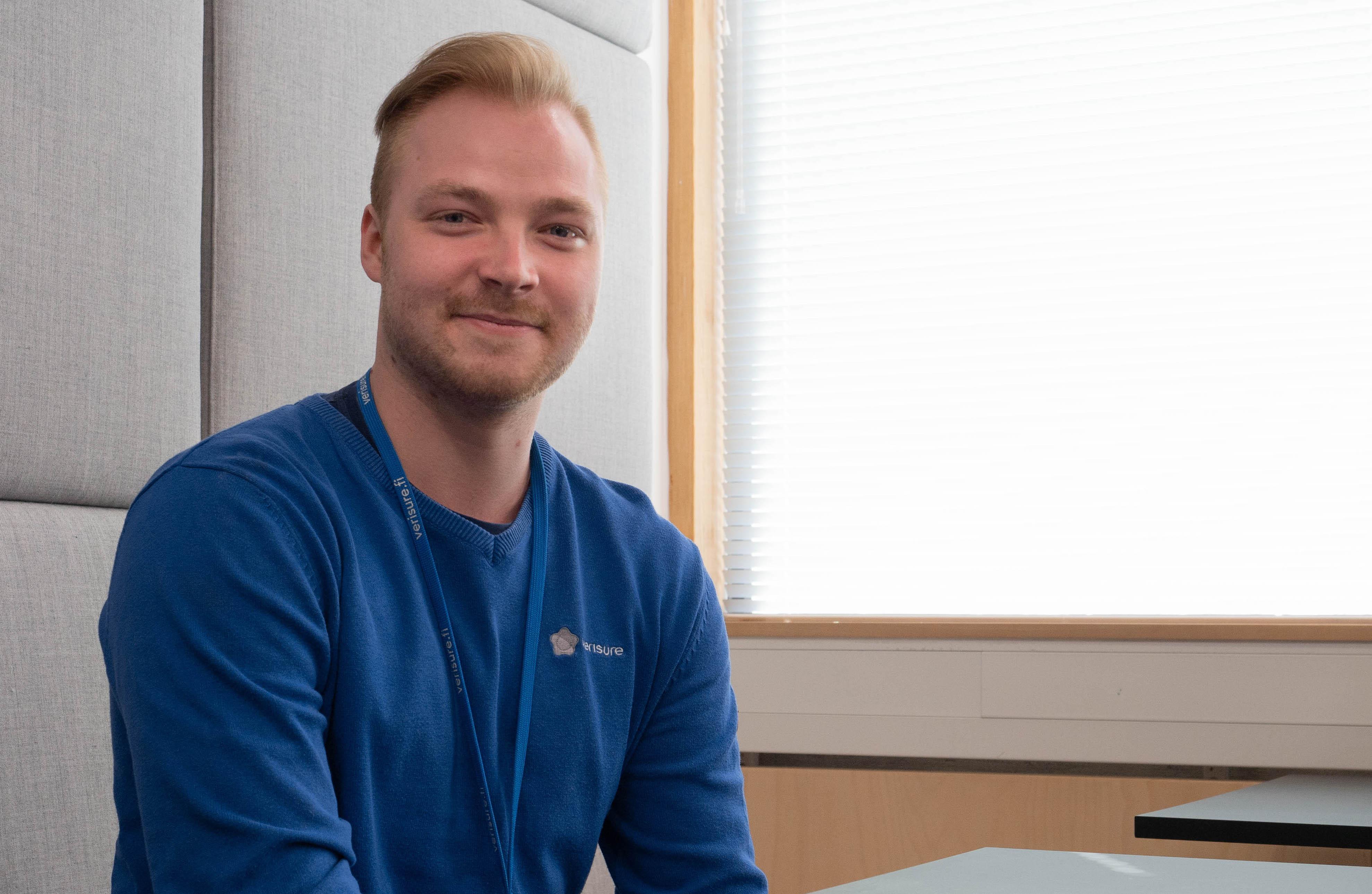 Varastotyöntekijä Palkka