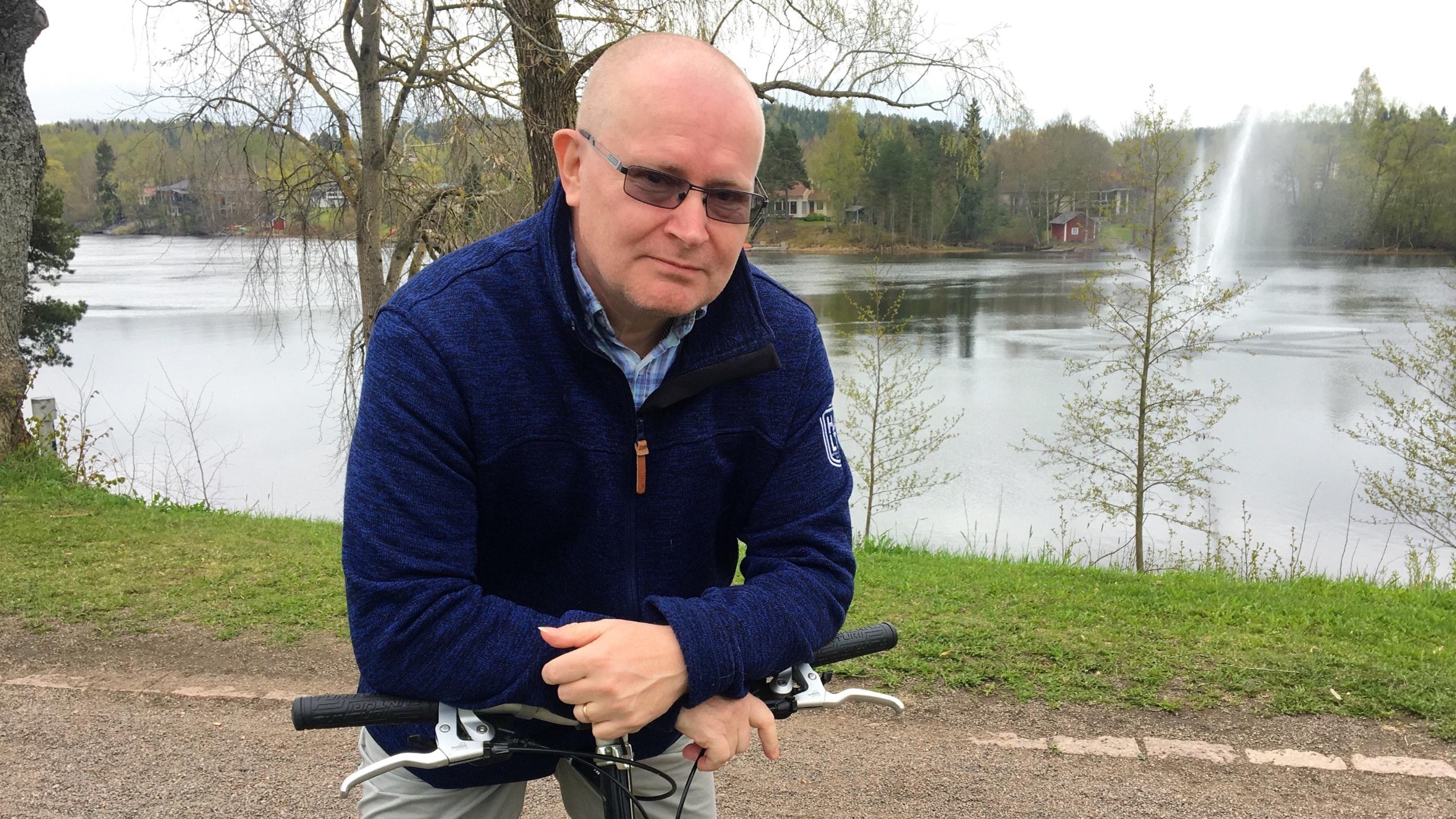 Työministeri, joka menetti työnsä – julkisuudesta poistunut Jari Lindström kertoo nyt, mikä oli hänen suurin virheensä ministerinä